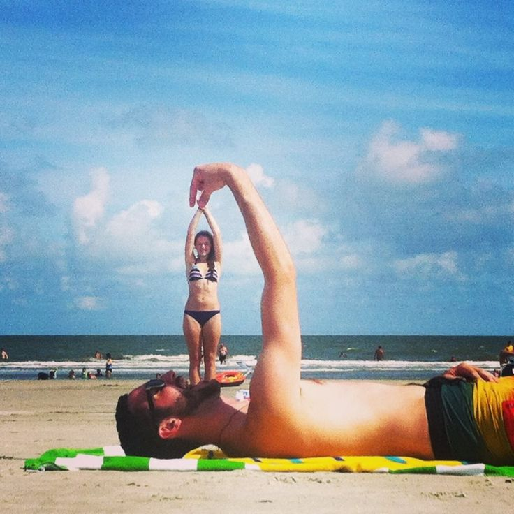 Fun on the beach - what a fun idea for a silly beach picture! Try it out with your kids on your next family vacation.
