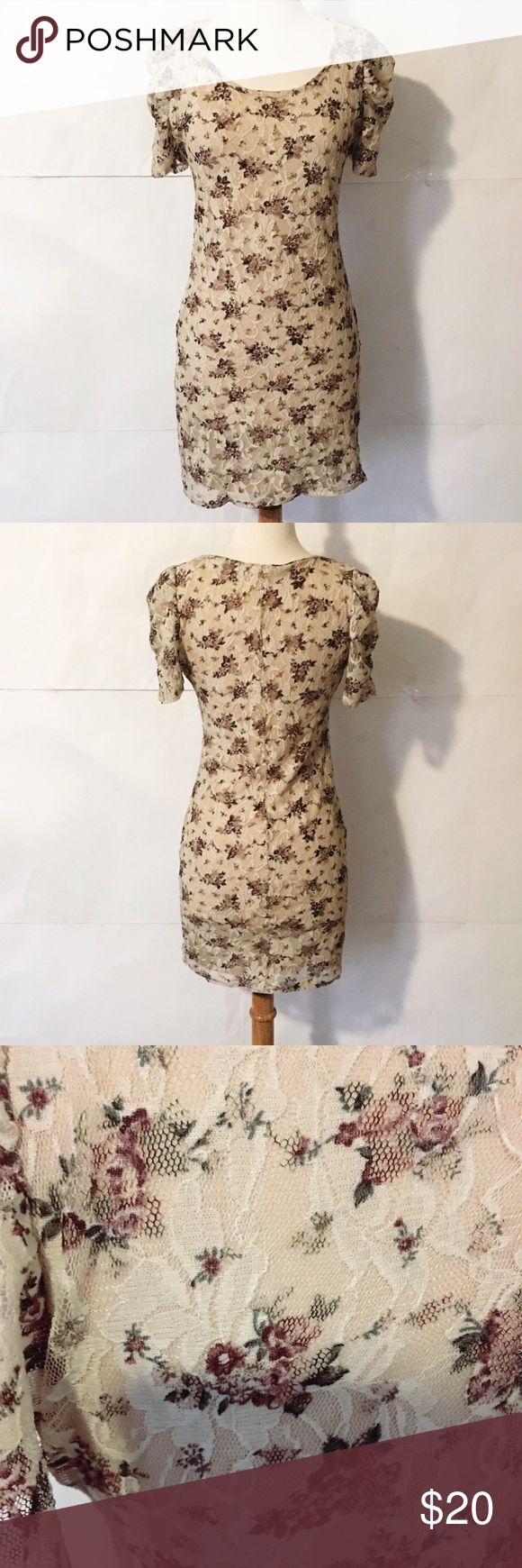 Final PriceCut Forever 21 Lace dress with nude insert. Floral print. Good used condition. Forever 21 Dresses