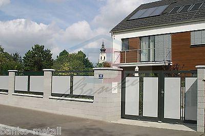 Zaun komplett mit Zaunelement, Zauntür, Zweiflügeltor, Säule B: 7,10m, H:1,10m
