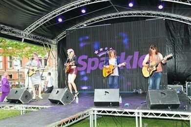The Tacky Tarts... We love gigging!!