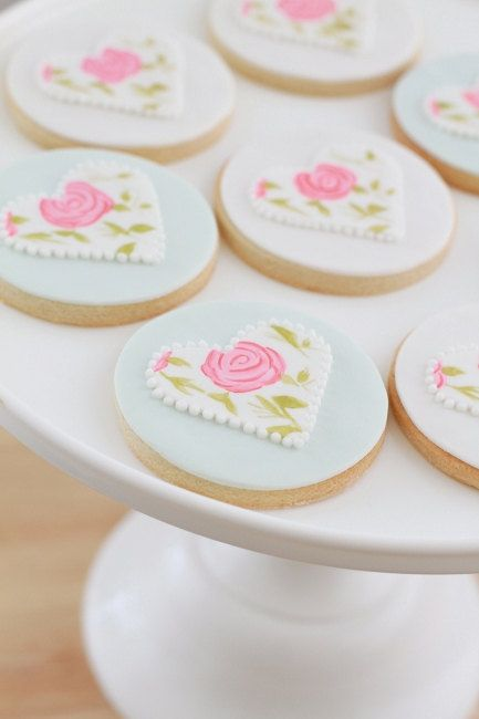 Shabby Chic Cookies by bbsweetslove on Etsy, $42.00