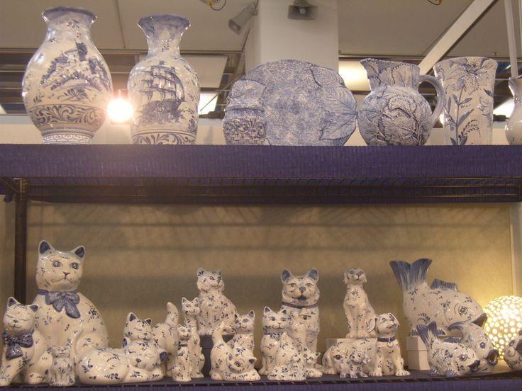 """Il """"Bianco Blu"""" nell'accuratezza dei decori delle ceramiche di B.F. di Barbara Fresia - Savona"""