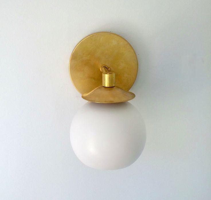 Best Brass Wall Sconces : Best 25+ Brass bathroom sconce ideas on Pinterest Bathroom lamps, Brass wall lights and ...
