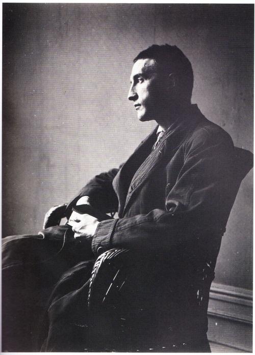 Marcel Duchamp, New York, 1916 (by Man Ray)