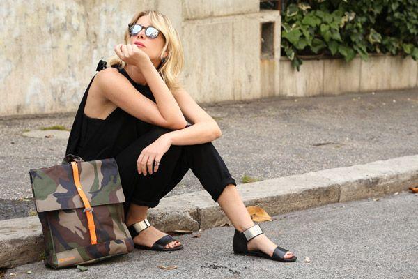 Il nuovo post di Alessia Marcuzzi sul suo blog parla di Natwee! Abbinata con una jumpsuite nera e sandali bassi con fascetta alla caviglia, la Natwee Bag Camouflage rende l'outfit informale e davvero di gran stile, adatto in ogni momento della giornata.  Per leggere tutto l'articolo di Alessia clicca qui http://www.lapinella.com/2015/06/19/black-jumpsuit/.  @alessiamarcuzzi