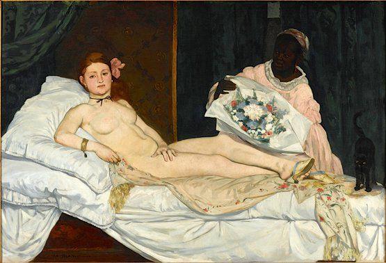 1863. Manet réinvente le thème traditionnel du nu féminin par le jeu d'une peinture franche et sans compromis. Même si Manet multiplie les références formelles et iconographiques : la Vénus d'Urbin du Titien, la Maja desnuda de Goya et le thème de l'odalisque à l'esclave noire traité par Ingres notamment, il traduit avant tout picturalement la froideur et le prosaïsme d'un sujet bien contemporain. La Vénus est devenue une prostituée qui défie de son regard le spectateur.