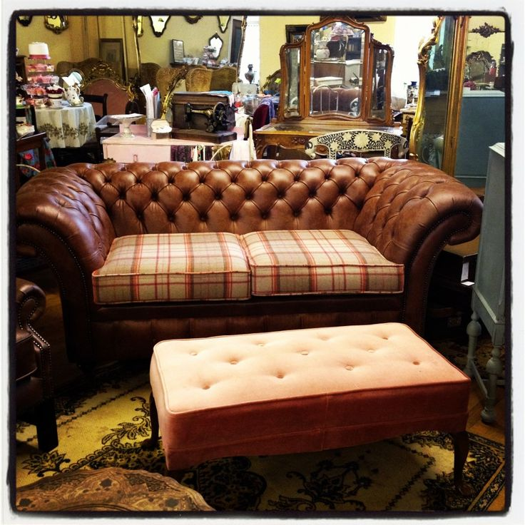 1000 ideas about chesterfield on pinterest chesterfield for Leather and tweed sofa