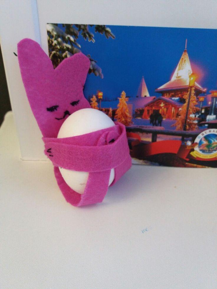 Пасхальный Кролик. Держатель из фетра. Держатель для яиц Очень удобно и легко. Шаблон на плеисте шаблоны