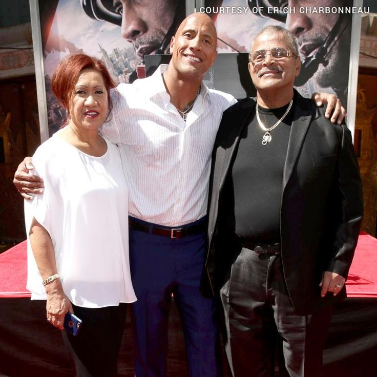 Dwayne Johnson with his parents.