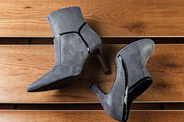 """""""L'attesa è compimento di un sogno non detto, mi sussurra l'elfo dell'inverno.""""  Detail from our fw15-16 shoes collection."""