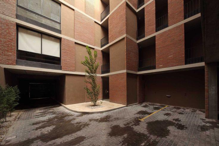 VERGARA - ProyectoC. Finalista en la Bienal XIV SCA/CPAU 2012. Autores: Arq. Sebastián Cseh - Arq. Juan Cruz Catania.   #arquitectura #architecture #bricks #ladrillos