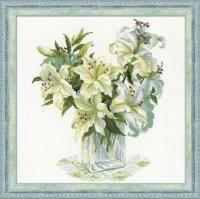 1169 Белые лилии