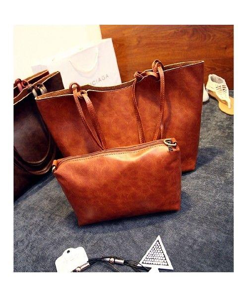 TasImport P921-CAMEL Tas Import Korea Online , Tas import Murah Ready Stock. Merek Berkualitas OEM ~ 100% IMPORT HIGH GRADE BAG ( 2 in 1 )  Material : PU leather Height    : 24 cm Top Width  : 45 cm Bottom Width  : 35cm Depth    : 7cm Bag Mouth  : Zipper Long Strap  : No 0.8 kg   ..