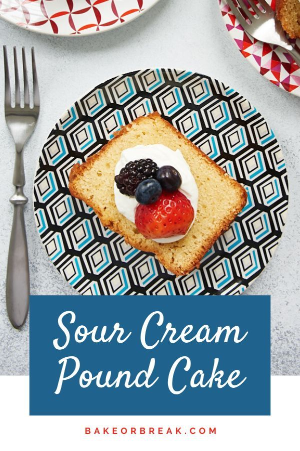 Sour Cream Pound Cake Recipe In 2020 Sour Cream Pound Cake Pound Cake Dessert Recipes Easy