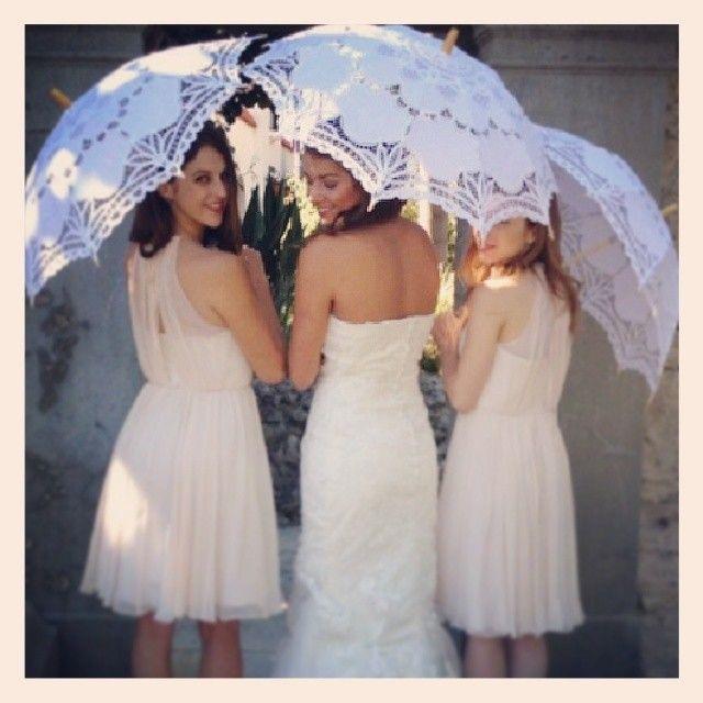 Lace parasols. Awesome idea for a romantic summer wedding. :) #jakii #jakiishoes #wedding