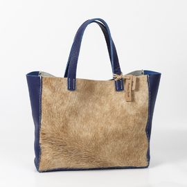 Bolso de cuero artesanal. Hecho a mano. Handmade leather bag