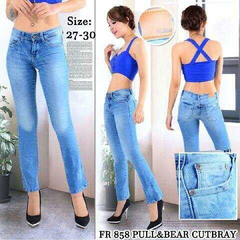 """""Cutbray pull&bear Material: soft jeans Harga: 135 Size: 27-30 Order PIN CS1-5A1F32FA PIN CS2-5FI5DE72 & SMS/WA 087722-575-101  Reseller & Dropship Welcome!  Happy Shopping! :) #jamtangan #jamtanganwanita #jammurah #grosirjam #sweatercouple #flatshoes #jamtanganterbaru #resellerjamtangan #taswanita #sneakerscwe #celanajeansripped #jamtanganartis #olshop #wedgesterbaru #jaketjeans  #resellerwelcome #celanajeans #sepatubandung #overall"