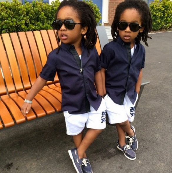 Boat shoes and a navy/white palette make for adorable nautical wear. // #kidfashion