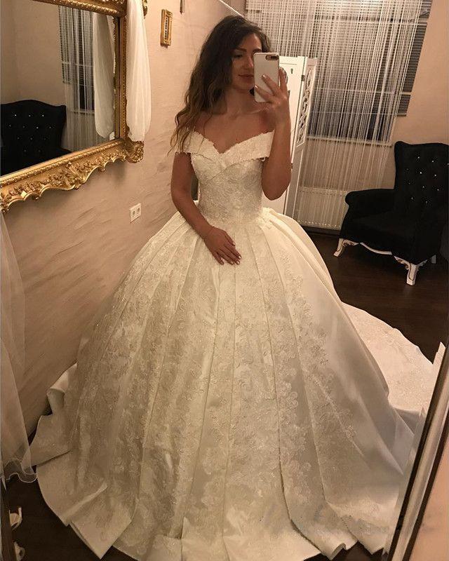 VintageLace V-neck Satin Wedding Dresses Ball Gowns 2018