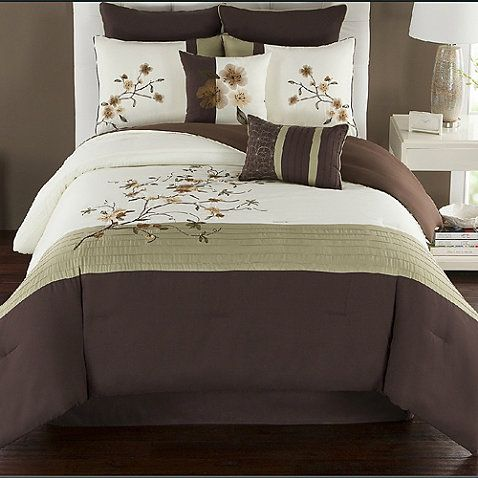 Update Your Bed With An Elegant Look With The Camisha