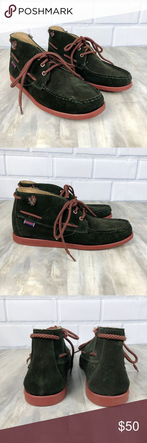 Sebago Campsides 360 Suede Mid Boot Mens' Size 9 New without box Men's Sebago Campsides 360 Mid Boot Retail $140 Size 9 M Dark Green Suede Stock #B694053 Material Repello Gum Oil Very comfortable casual shoes for men Lace up style Has the look of the popular dock shoe Nonsmoking home No box May have some slight marks from being stored without a box. Never worn. No damage. See photos. Sebago Shoes Boots