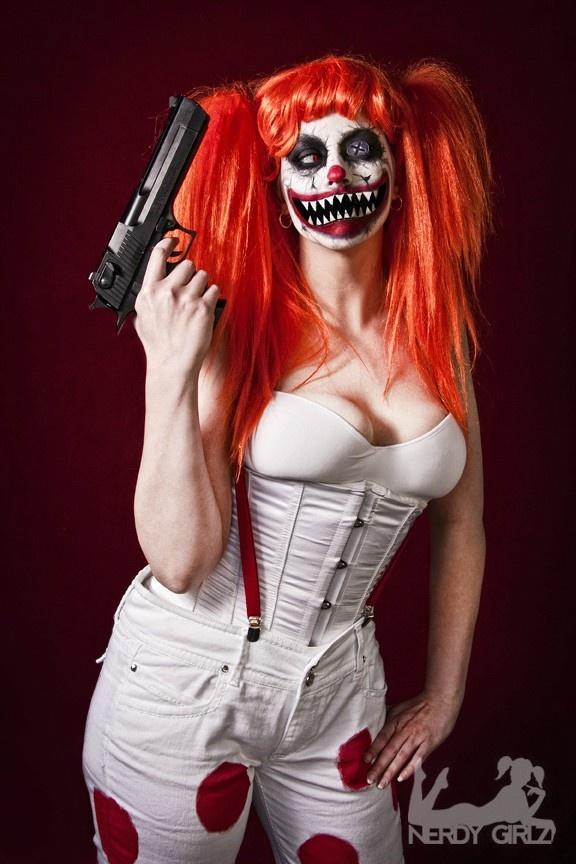 Female Sweet Tooth from Twisted Metal Halloween Makeup - Sweet Halloween Makeup