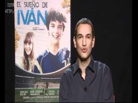 Roberto Santiago (director de El Sueño de Iván) saluda a Cero en Conducta