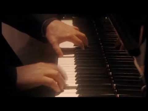Pianist Daniel Barenboim: Beethoven, Piano Sonata No. 32 in C minor Opus 111 Daniel Barenboim,  The Piano Sonata No. 32 in C minor Op. 111 Ludwig van Beethoven, made between 1820 and 1822, is the last of the composer   Maestoso: Allegro con brio ed appassionato   Arietta: Adagio molto, semplice e cantabile