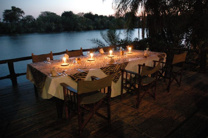 Thorntree River Lodge, Zambia - Dinner on the deck