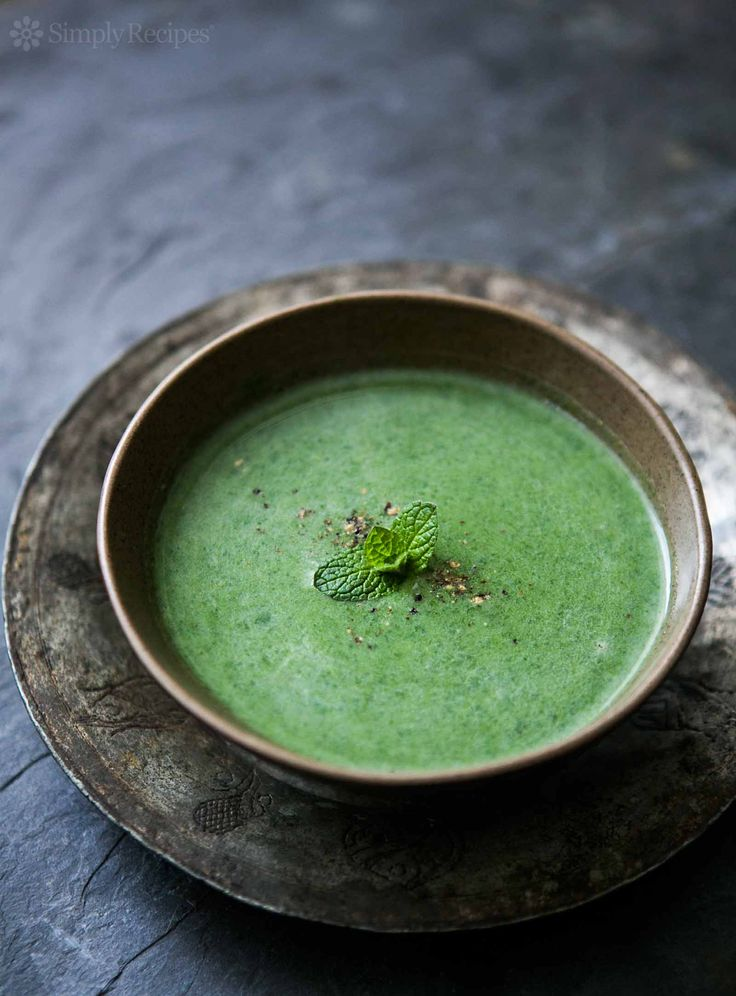 Nettles grow wild almost everywhere and you can make this healthy and amazingly delicious soup from them in minutes! Nettles are naturally detoxifying and anti-inflammatory and are very high in vitamin C and iron. They can help with asthma, prostate, regulation of hormones, and circulation. A real super food!