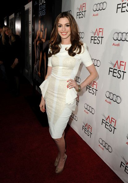 The talented Anne Hathaway...  Attractive Hairstyles...   Her full names are Anne Jacqueline Hathaway