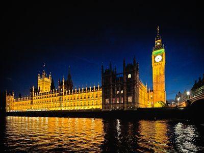 #夜景 #ビッグベン #夜 #ライトアップ #綺麗 #安全 #テムズ川 #ロンドン #みゅうロンドン #ツアー #london #myulondon #night #tour #bigben