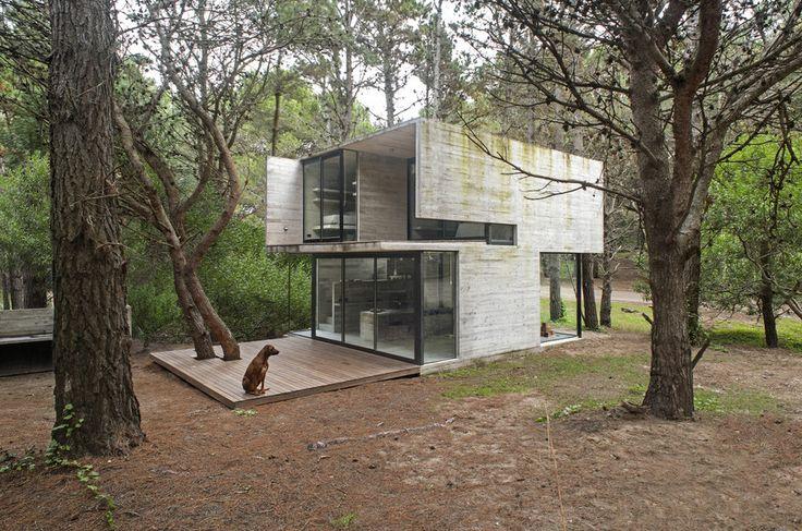 H3 House | Architect Magazine | Luciano Kruk, Mar Azul, Buenos Aires, Single…