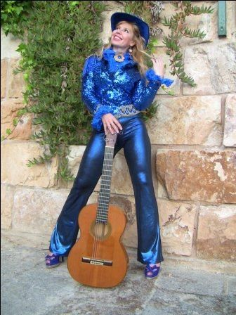 13 Oct. L & W & others. Galina Vale, amazing guitarist, born in Ukraine, now lives in M/c. Concert in St James Church, Gatley.