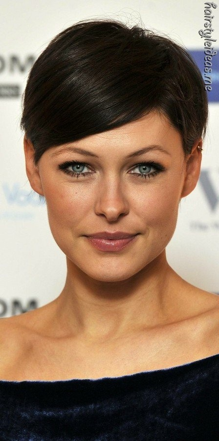 http://asafemooring.blogspot.com/2011/03/cutting-edge.html (found at http://hairstyleideas.me )
