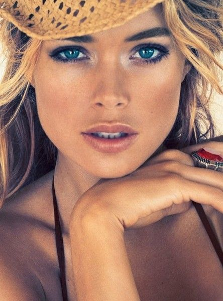 Cowgirl's Guide To Ranch-Ready Makeup