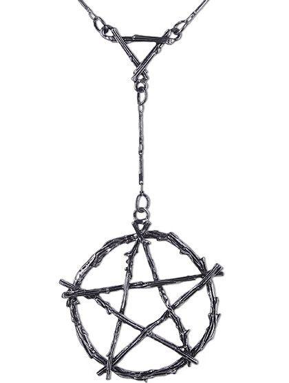 Colgante Gótico Pentagrama de Ramas de #restyle #colgante #gotico #goth #alternativo #occult #gothicfashion #gothicstyle #colgantes #joyeria #pentagram #wicca #pentagrama #celtas #celtic #xtremonline