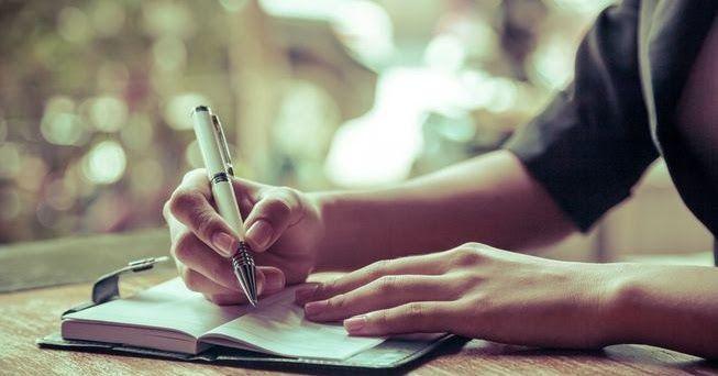 Na het schrijven van een blogserie  (zoals Kern van de Waarheid )  moet ik altijd weer even opnieuw nadenken over blogonderwerpen. Als j...