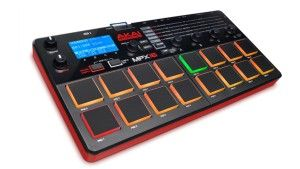 Akai MPX16 Testbericht: Sampler & Controller mit 16 Drum Pads - http://www.delamar.de/test/akai-mpx16-testbericht/?utm_source=Pinterest&utm_medium=post-id%2B25789&utm_campaign=autopost