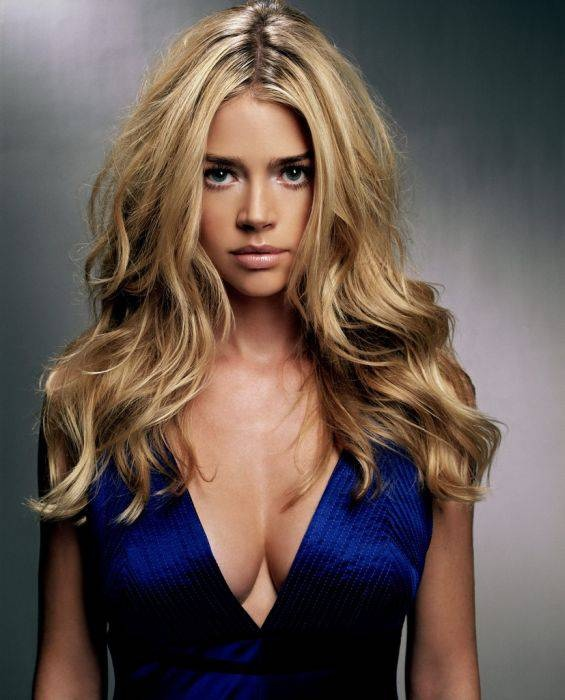 Denise Richards. gorg. love her blonde