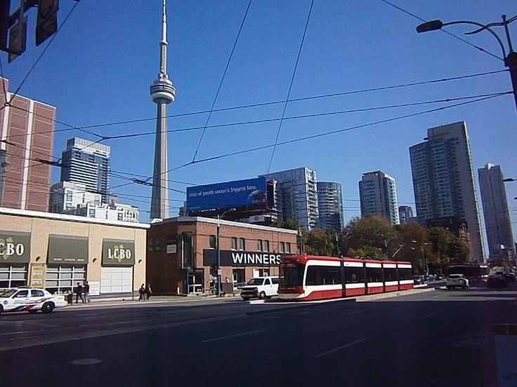 A beautiful day in Toronto, Ontario, Canada http://babybirdguide.com/guide-to-toronto/