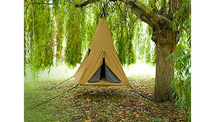 simple to stunning kids' tepees & tents - pricing is absurd - but great diy ideas