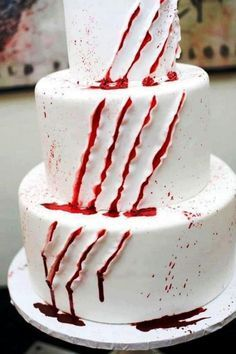 MADE BY PROFESSIONAL BAKERS THE SCARY IN THE WORLD HALLOWEEN CAKES SPOOKY ON PINTEREST - Google Search