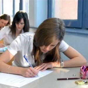 Eddigi érettségi feladatok elérhetőek http://www.okosodjal.hu/eacuterettseacutegi.html