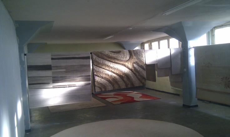 Poznań czyszczenie dywanów to dokłądna usługa na wysokim poziomie.Doswiadczeni pracownicy i profesjonalne maszyny czyszczą Twoj dywan tak jak trzeba:-)