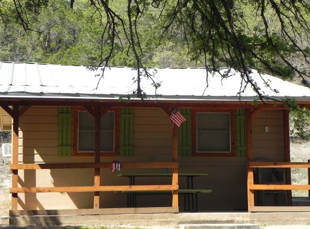 fairfield cabins cabin to campgrounds texas in rent img rentals vacation tx