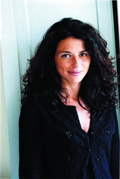 la scrittrice francese Karine Tuil