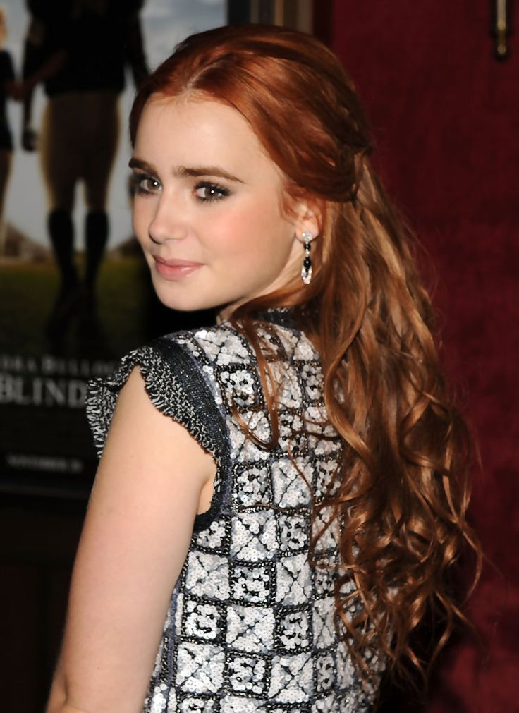 "the blind side lily collins photos | Lily Collins Photo - Premiere Of ""The Blind Side"" - Arrivals"