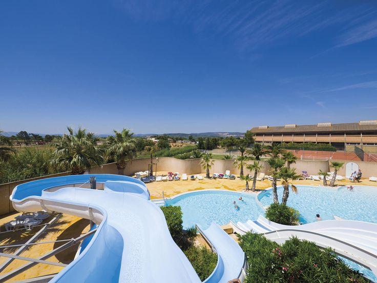Yelloh! Village Les Mimosas - Un parc aquatique de 2000 m², 3 piscines dont une chauffée, 4 toboggans aquatiques, un bain à remous : tout est prévu pour le plaisir de tous, sous le soleil du Sud ! Plus d'infos : http://www.yellohvillage.fr/camping/les_mimosas/espace_baignade