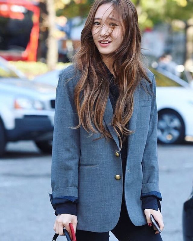 Krystal so pretty !
